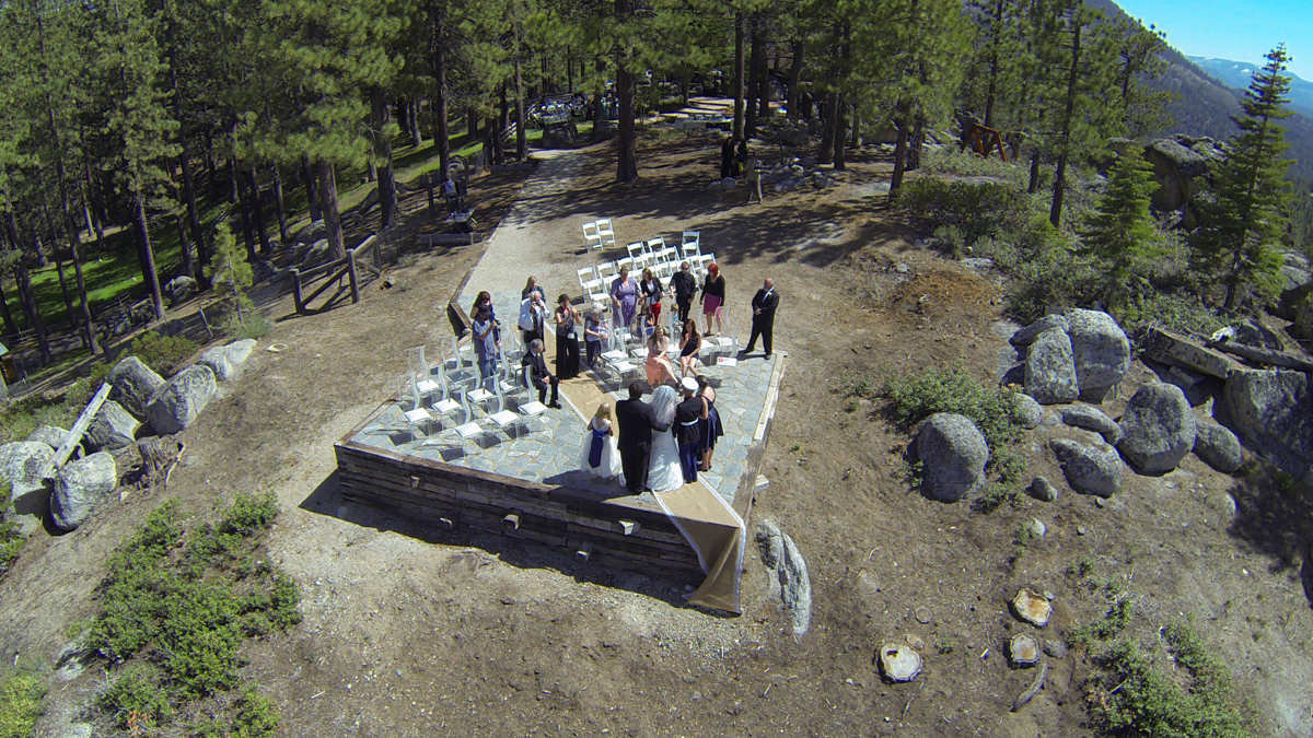Changing Room On Premises Decor Chairs Provided Budget Key Under 1 000 3 5 10 10k Wedding In Lake Tahoe