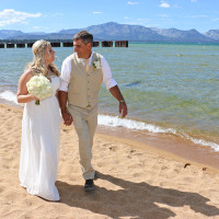 Lake Tahoe Wedding Photo | Lake Front Wedding